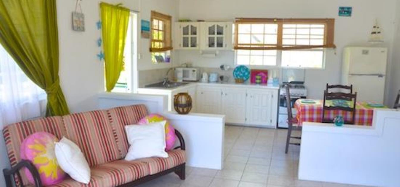 vacation-rentals/st-vincent-and-the-grenadines/bequia/port-elizabeth/starfish-upper-2-bed-apartment