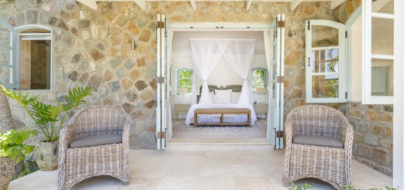 vacation-rentals/st-vincent-and-the-grenadines/mustique/britannia-bay/greystone-cottage