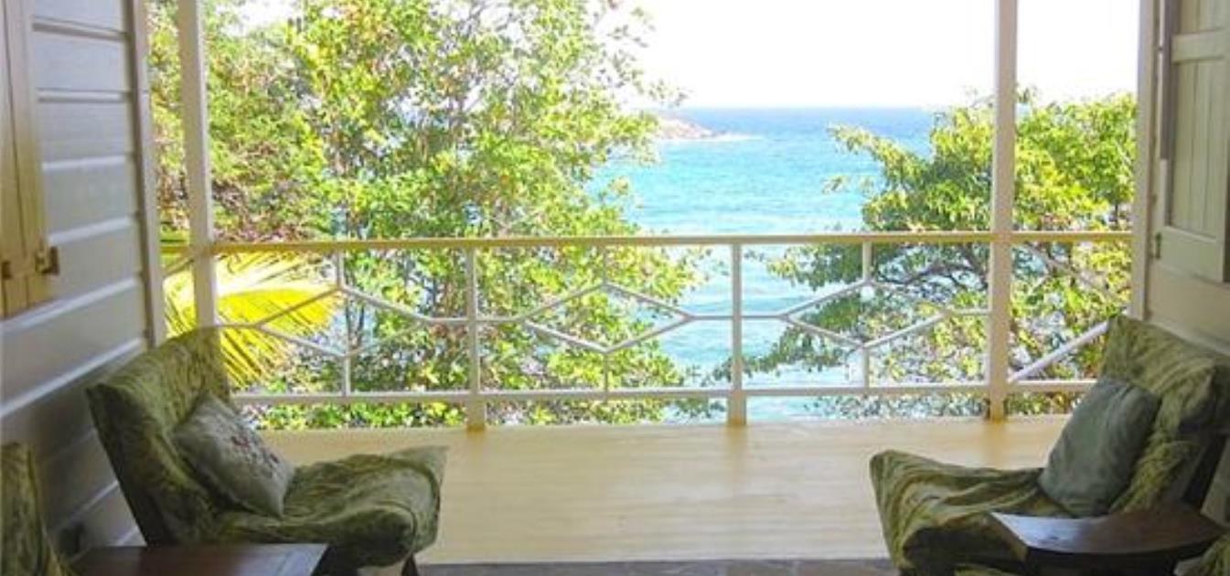 vacation-rentals/st-vincent-and-the-grenadines/bequia/la-pompe/la-luna-azul-whole-house