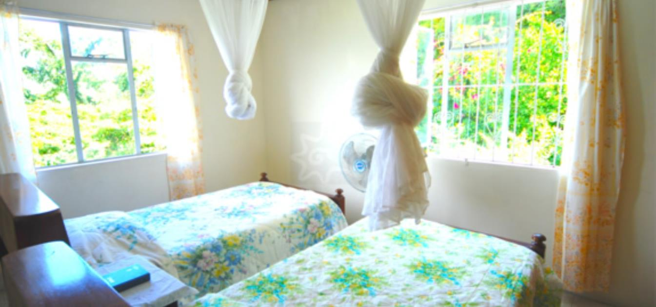 vacation-rentals/st-vincent-and-the-grenadines/bequia/lower-bay/ebenezer