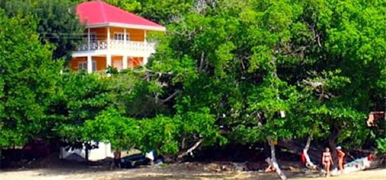 vacation-rentals/st-vincent-and-the-grenadines/bequia/lower-bay/avalon-by-the-sea-whole-house