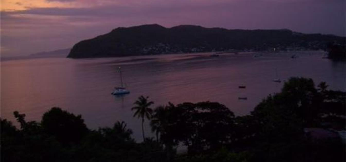 vacation-rentals/st-vincent-and-the-grenadines/bequia/lower-bay/sweet-retreat-hotel-green-room