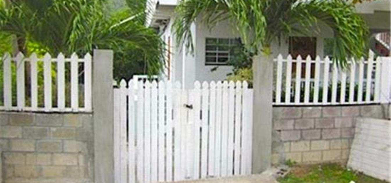 vacation-rentals/grenada/carriacou/hillsborough/sharmy's-apartment-twin