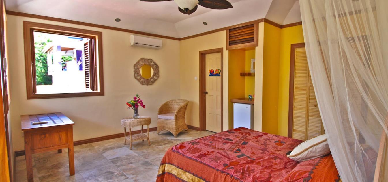 vacation-rentals/st-vincent-and-the-grenadines/bequia/princess-margaret/princess-hill-villa