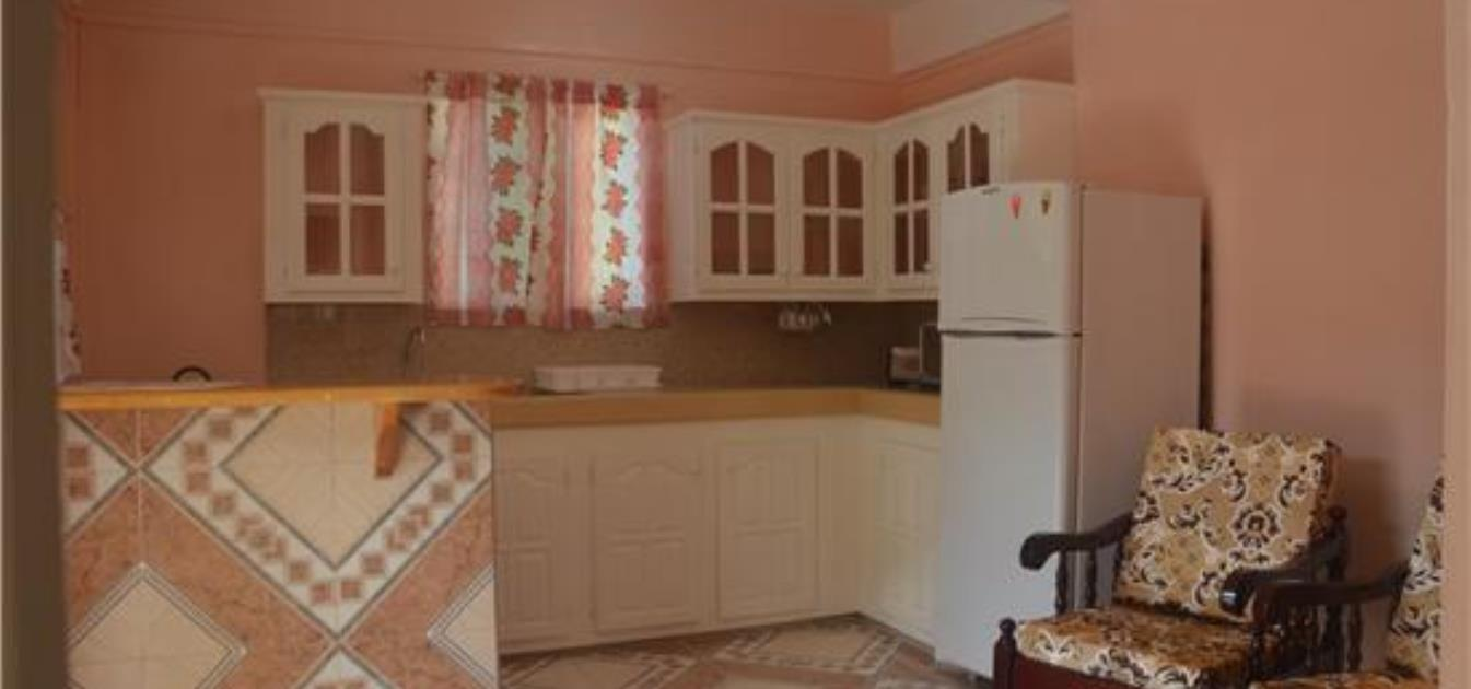 vacation-rentals/st-vincent-and-the-grenadines/bequia/port-elizabeth/park-view-apartment-lower