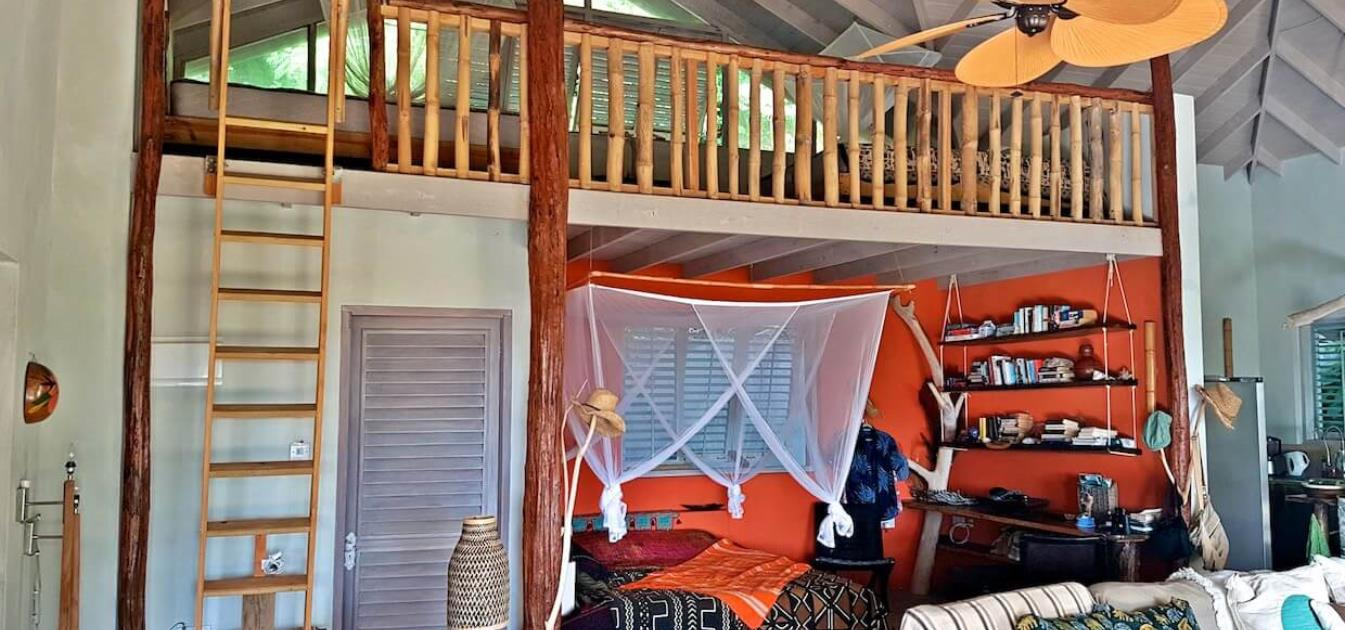 vacation-rentals/st-vincent-and-the-grenadines/bequia/crescent-bay/fridays