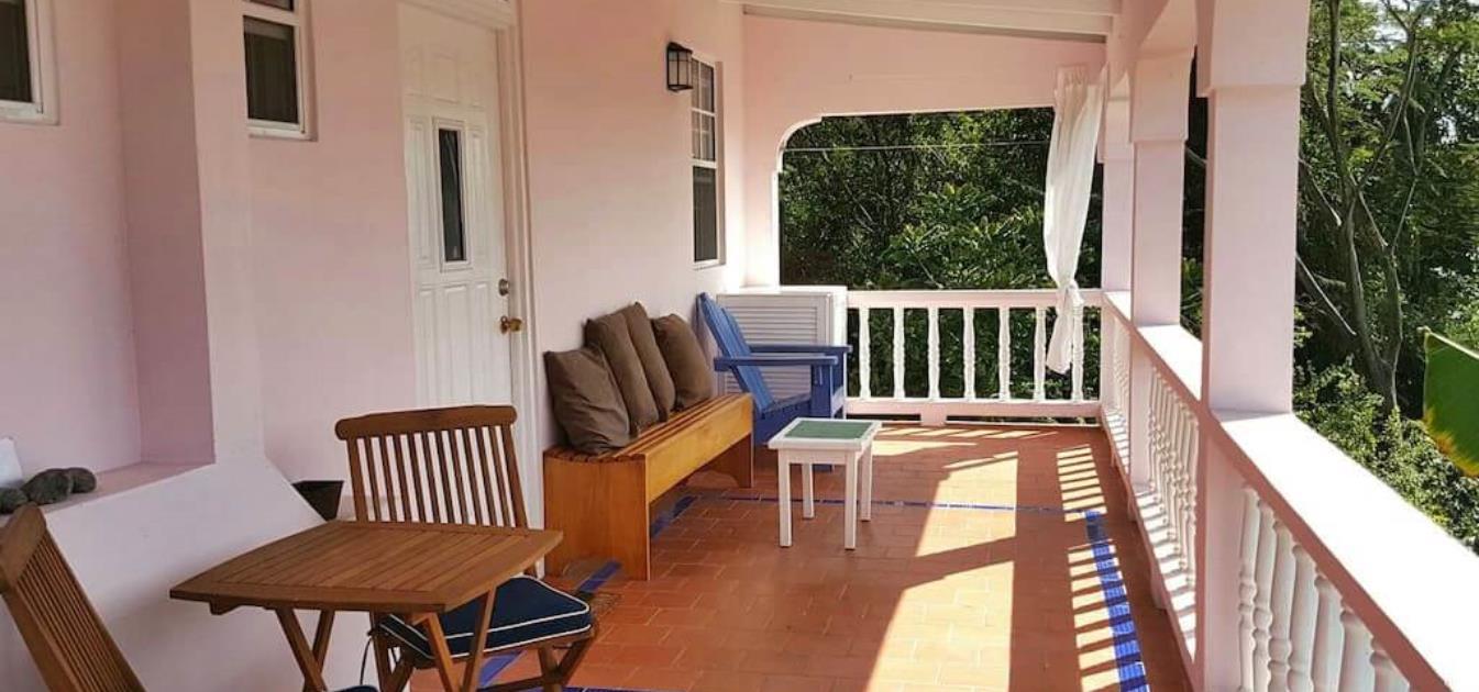vacation-rentals/grenada/grenada-island/grand-anse/rolanda's-waterside-apartment