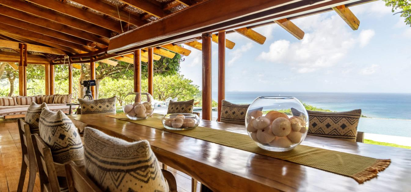 vacation-rentals/st-vincent-and-the-grenadines/mustique/britannia-bay/opium-mustique