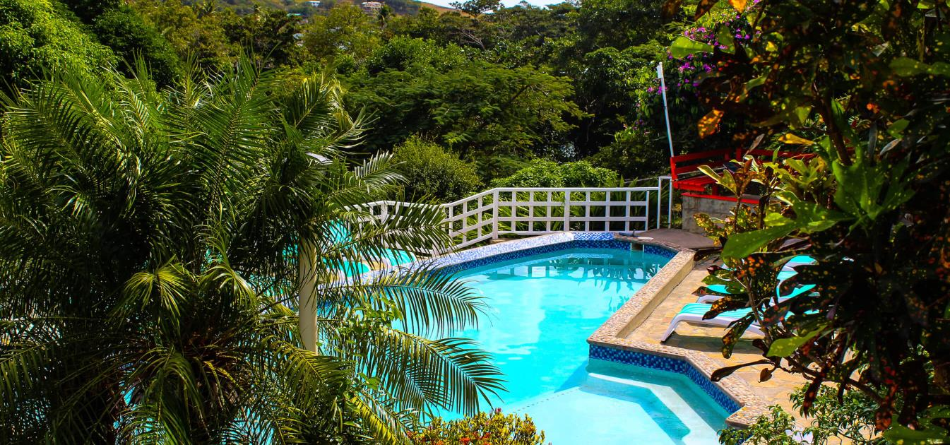 vacation-rentals/st-vincent-and-the-grenadines/bequia/friendship-bay/sugarapple-inn