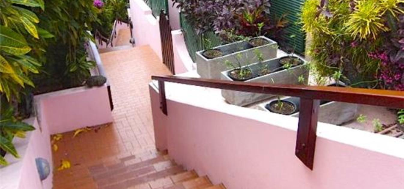 vacation-rentals/grenada/grenada/morne-rouge/morne-rouge-apartment-on-the-bay