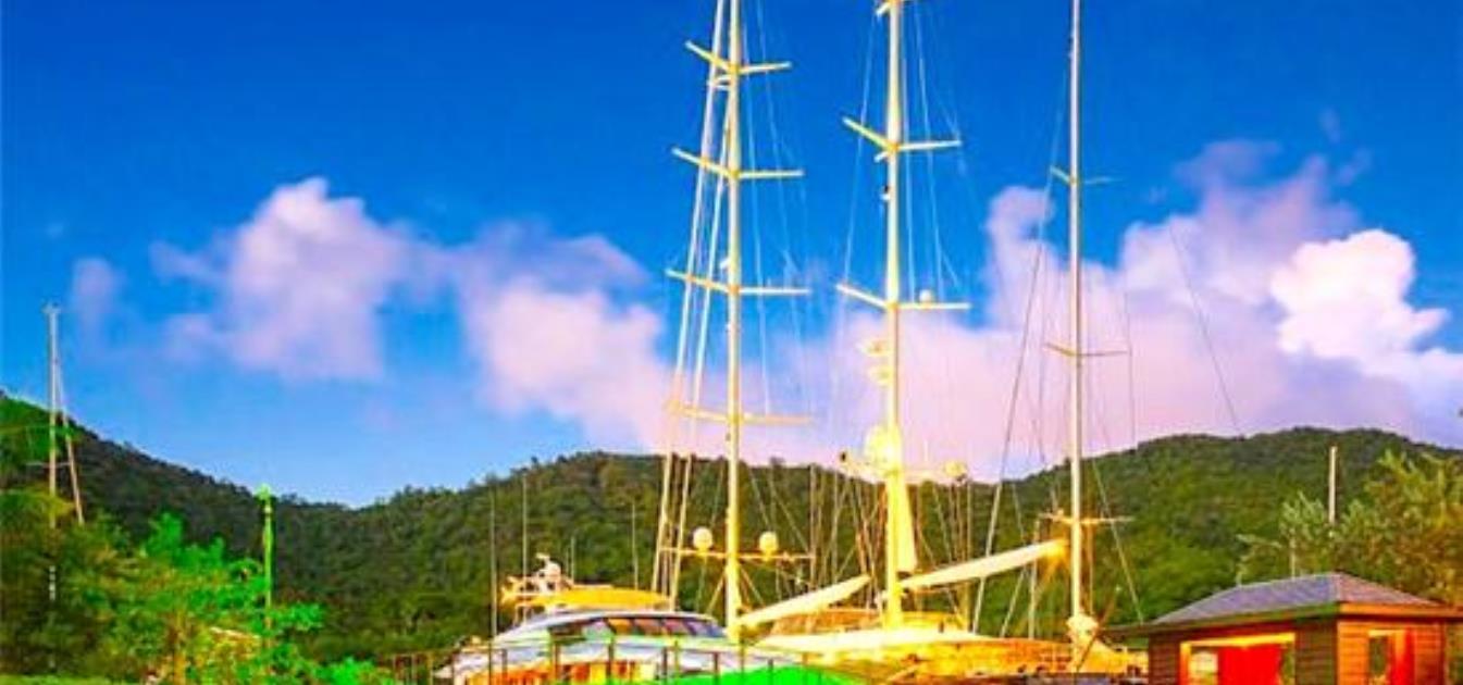 vacation-rentals/st-lucia/st-lucia/marigot-bay/marigot-bay-marina-berth