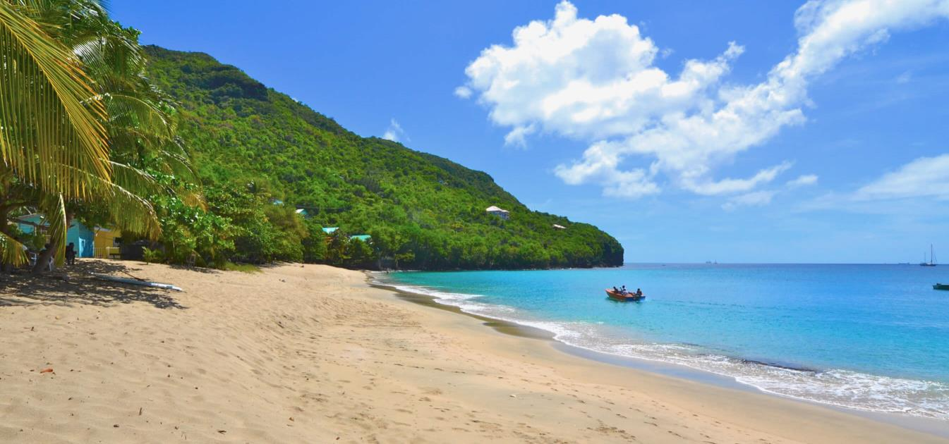 vacation-rentals/st-vincent-and-the-grenadines/bequia/lower-bay/thelma's-cottage