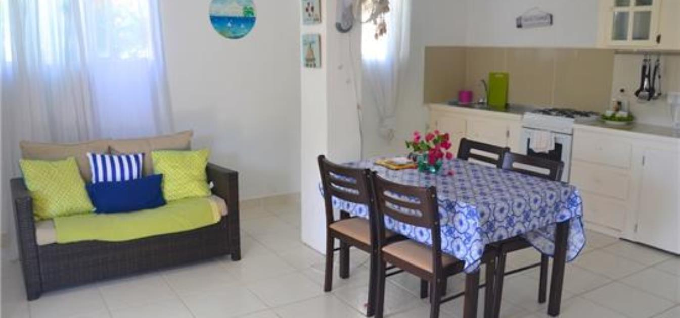 vacation-rentals/st-vincent-and-the-grenadines/bequia/port-elizabeth/starfish-whole-house