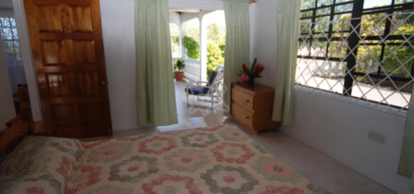 vacation-rentals/st-vincent-and-the-grenadines/bequia/lower-bay/twilight-villa