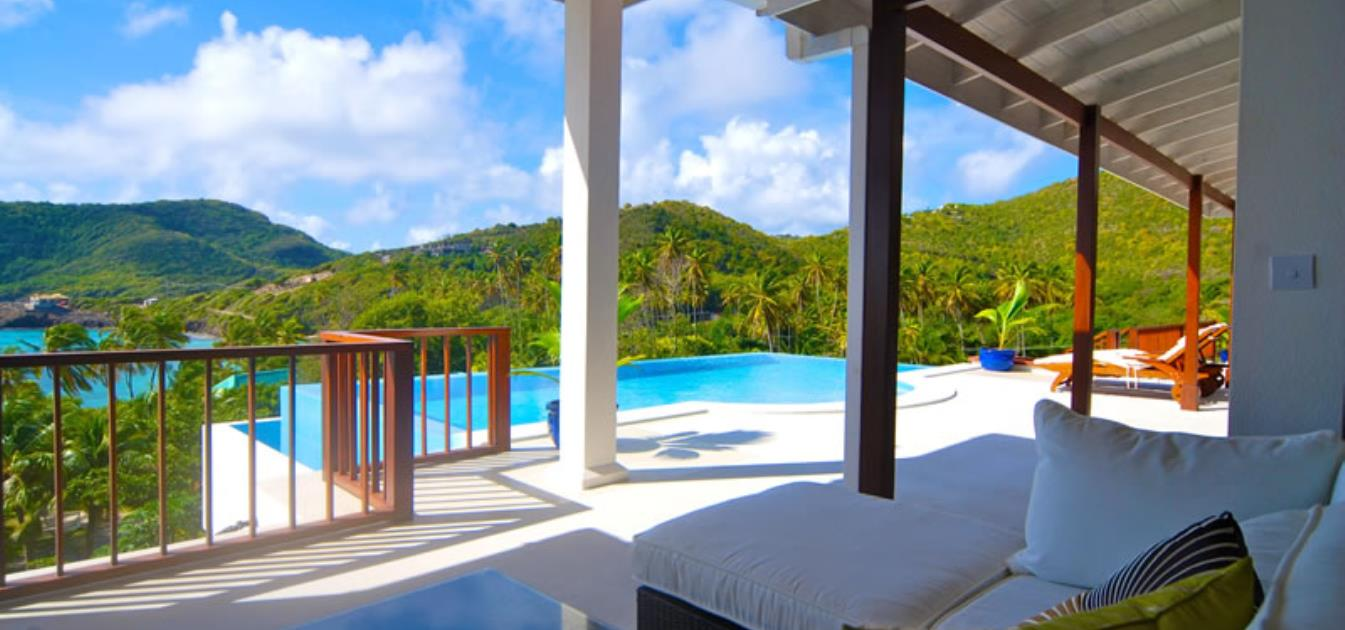 vacation-rentals/st-vincent-and-the-grenadines/bequia/crescent-bay/beachfront-plantation-house-ijeoma-main-house