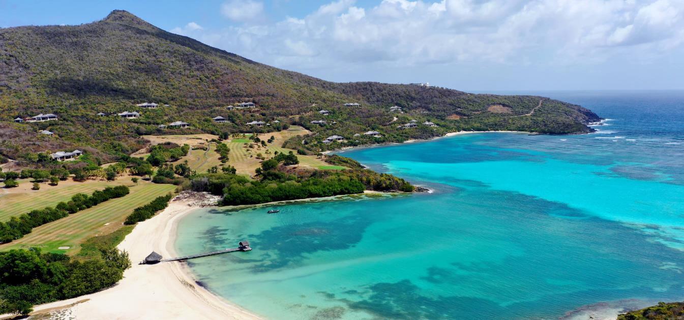 vacation-rentals/st-vincent-and-the-grenadines/canouan/canouan/canouan-luxury-savan-villa-2-bed-suite
