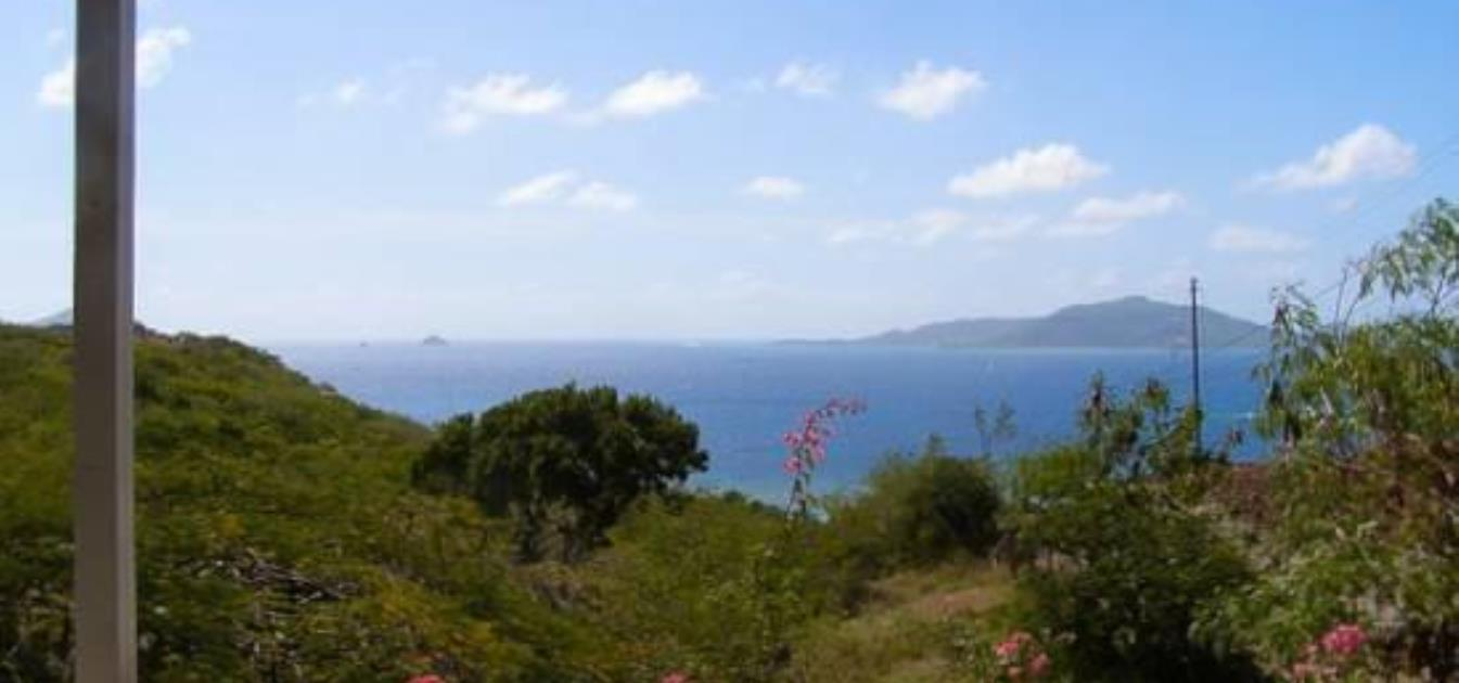 vacation-rentals/st-vincent-and-the-grenadines/union-island/clifton/caribbean-stone-cottage