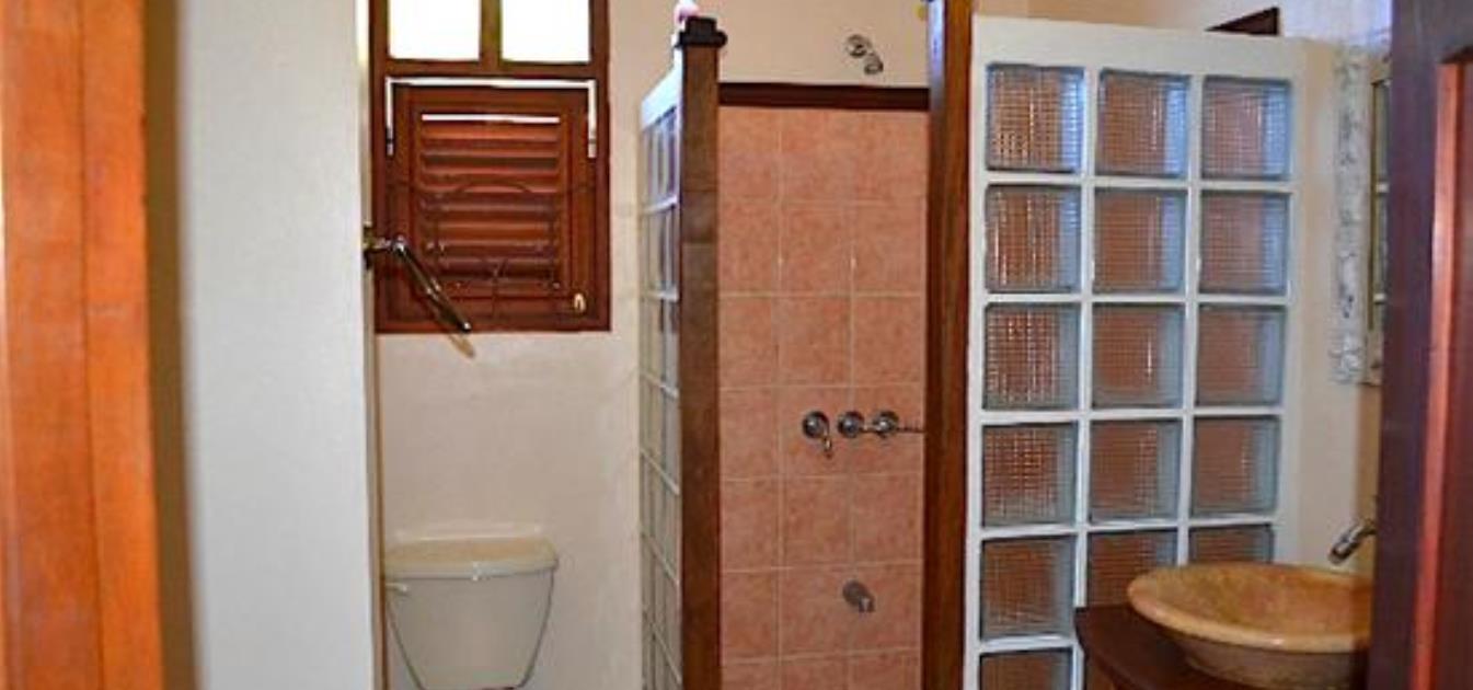 vacation-rentals/st-vincent-and-the-grenadines/bequia/ocar/villa-barbara-apartment-sleeps-4