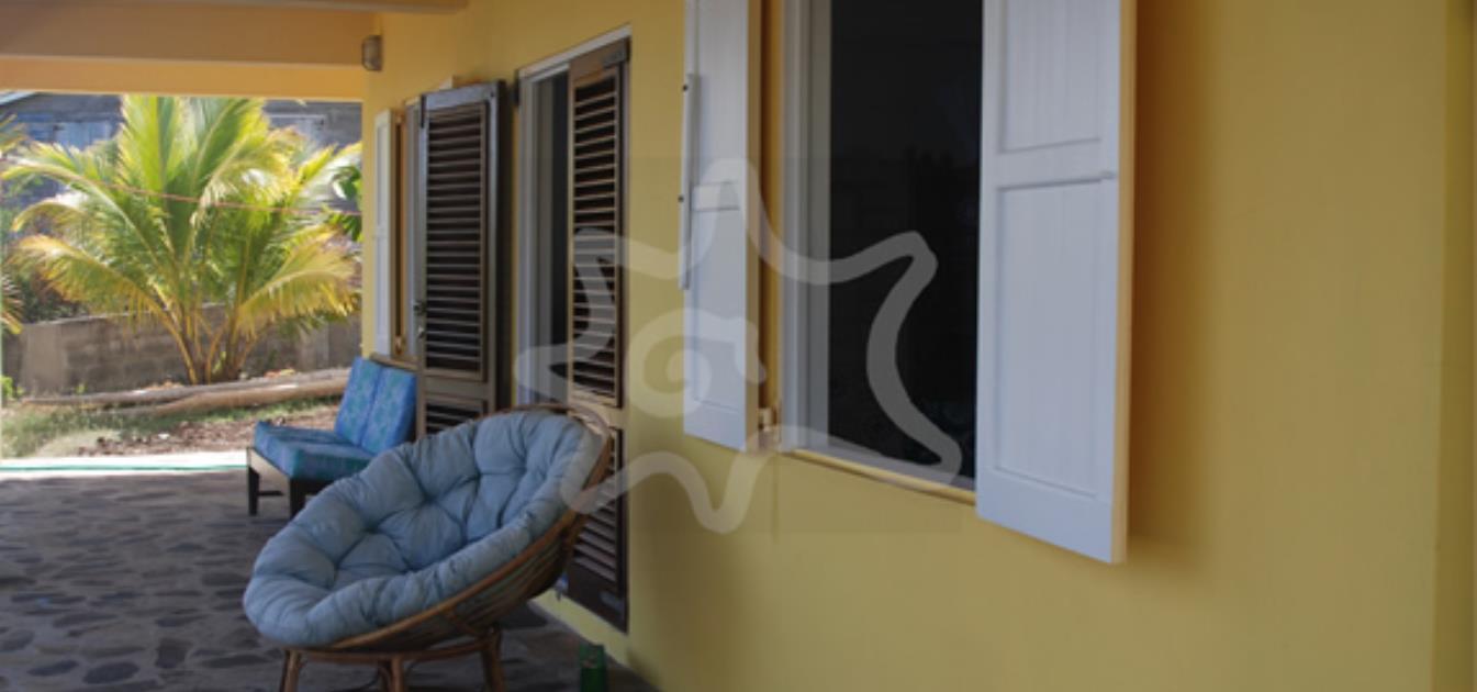 vacation-rentals/st-vincent-and-the-grenadines/bequia/la-pompe/la-luna-azul-lower
