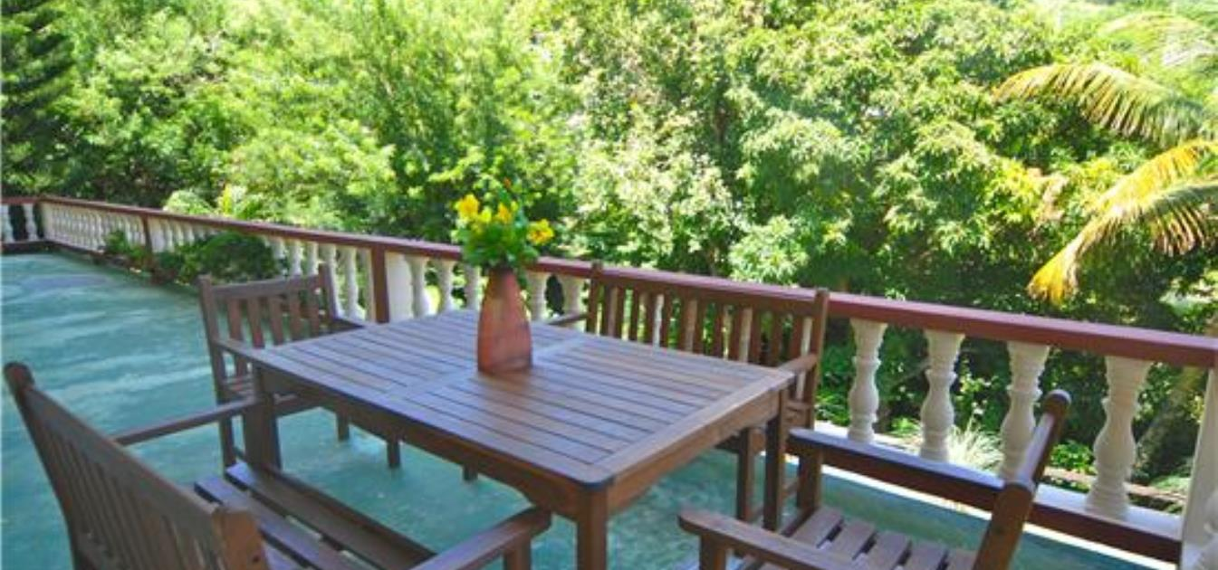 vacation-rentals/st-vincent-and-the-grenadines/bequia/friendship-bay/bequia-tree-tops-whole-house