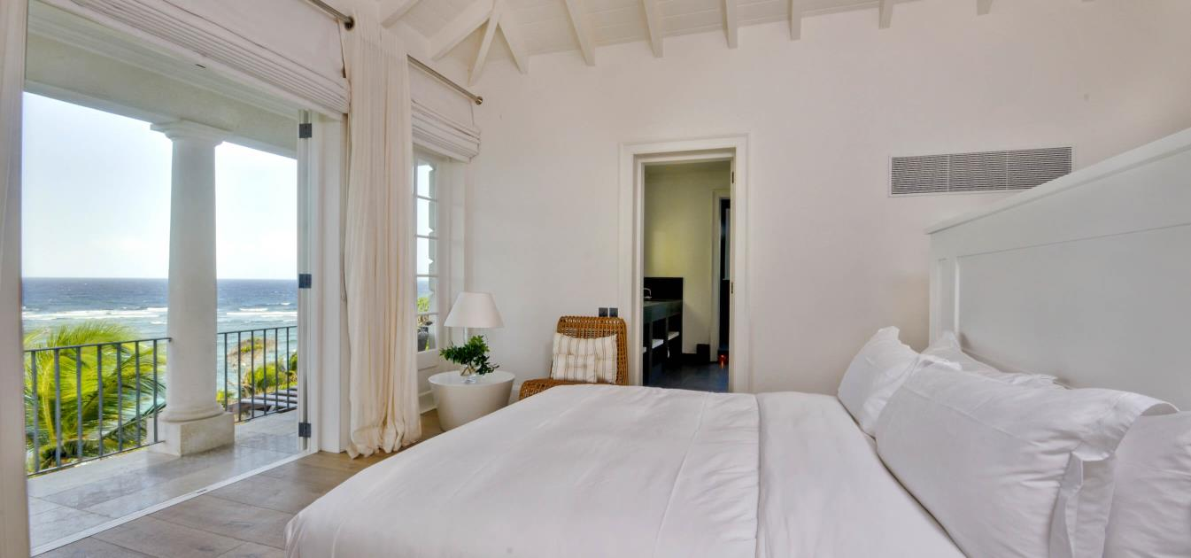 vacation-rentals/st-vincent-and-the-grenadines/mustique/macaroni-bay/sunrise