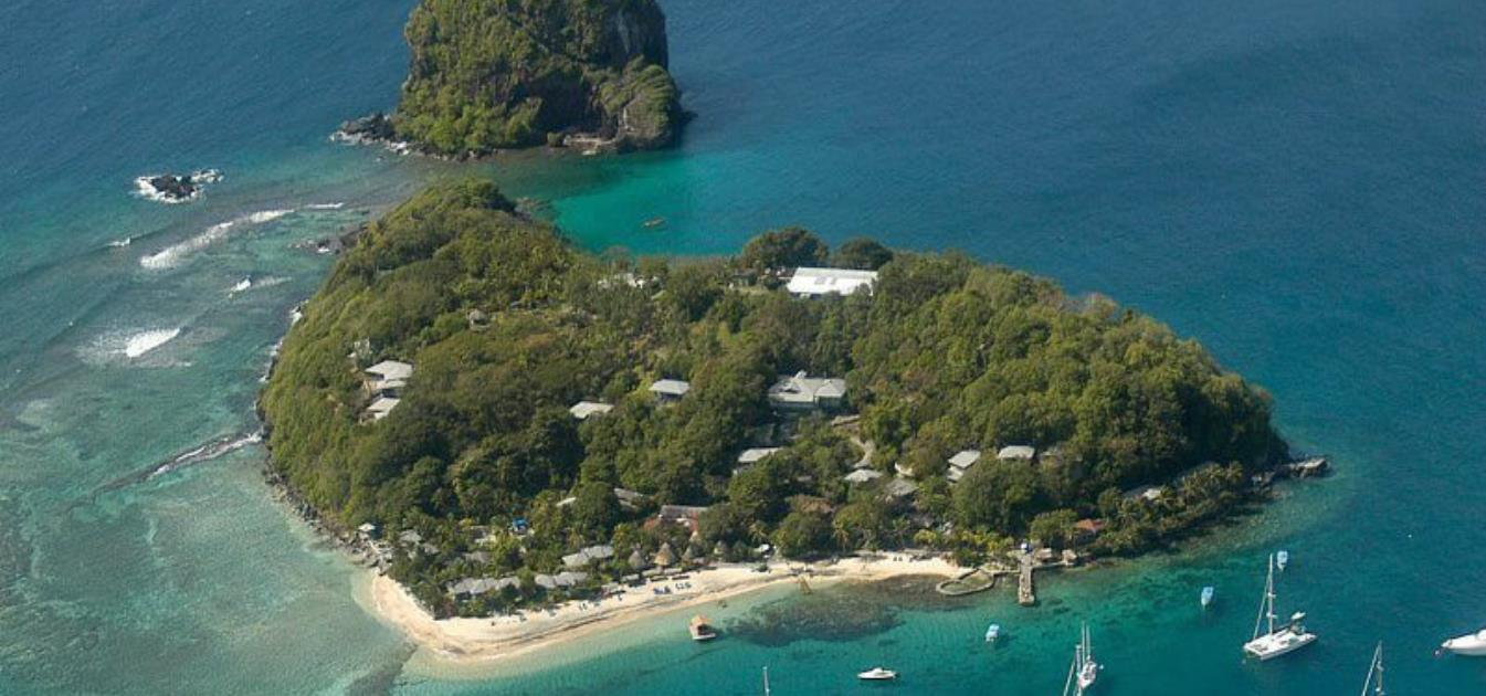 vacation-rentals/st-vincent-and-the-grenadines/st-vincent/young-island/young-island-duvernette-suite