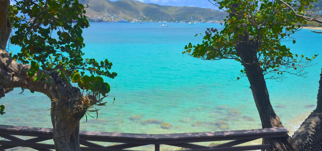 vacation-rentals/st-vincent-and-the-grenadines/bequia/lower-bay/kingston-beach-house