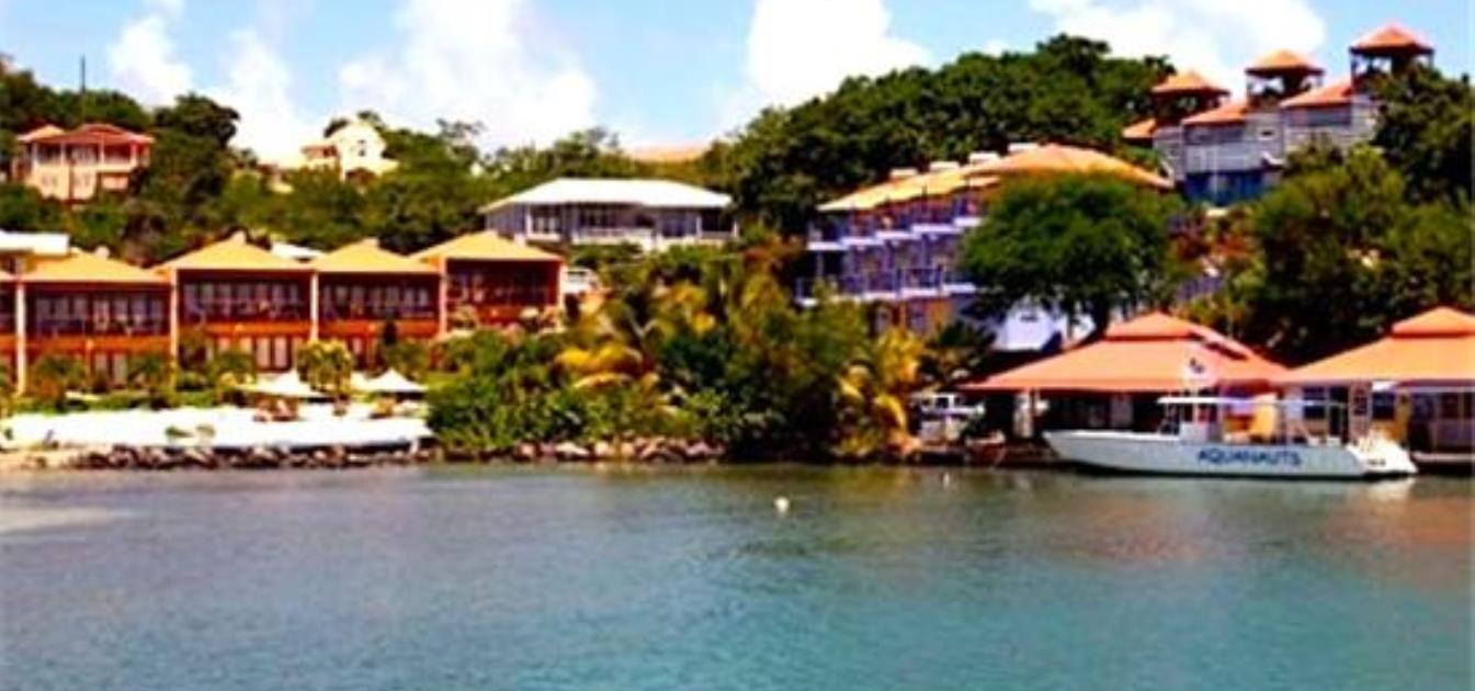 vacation-rentals/grenada/grenada-island/true-blue/blue-bay-honeymoon-suite