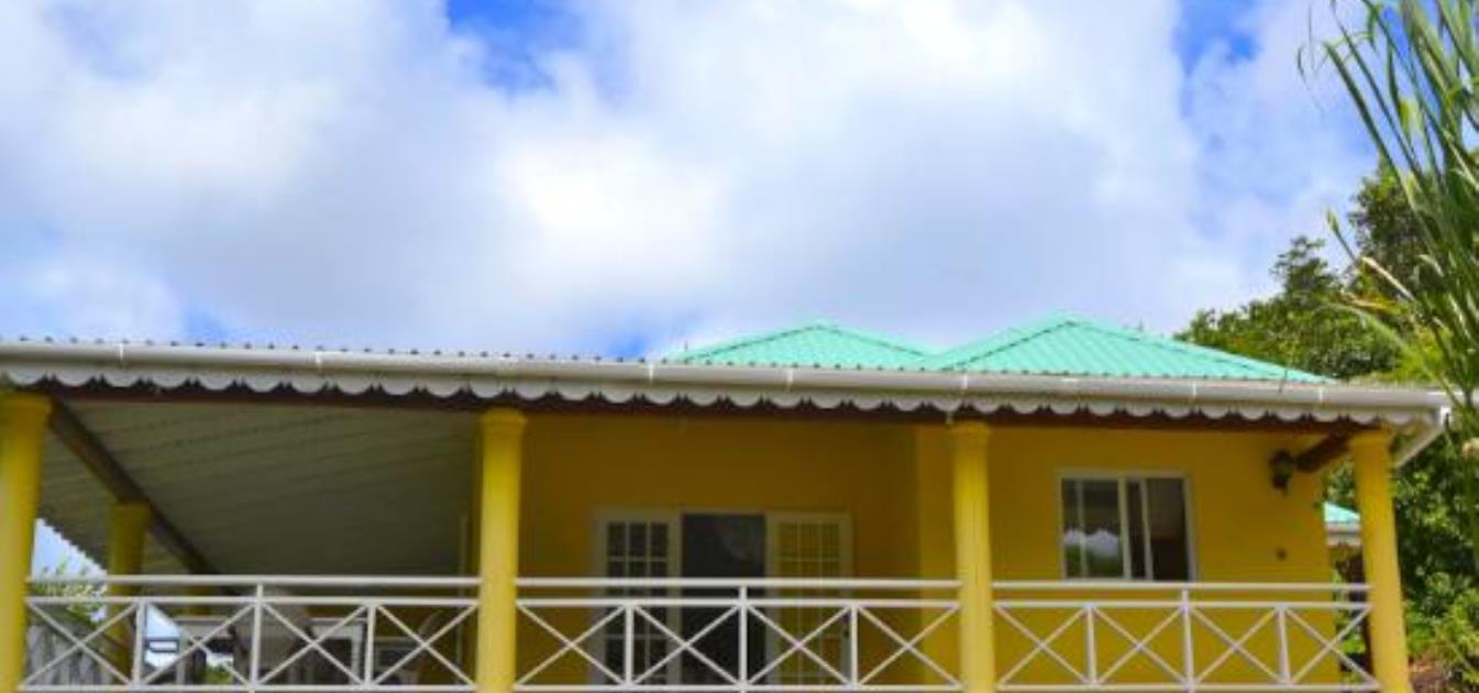 vacation-rentals/st-vincent-and-the-grenadines/bequia/hope-bay/cedar-villa