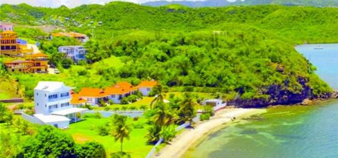 vacation-rentals/grenada/grenada/lance-aux-epines/turtleback-pavilion-for-2