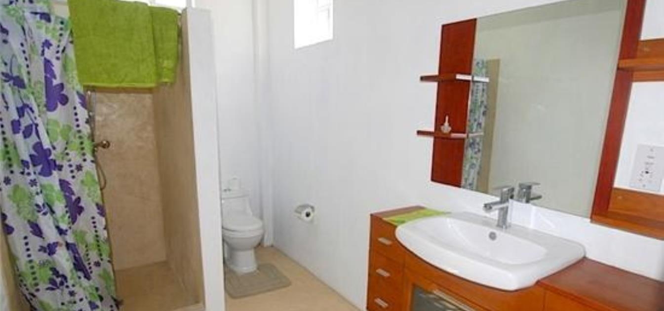 vacation-rentals/st-vincent-and-the-grenadines/bequia/port-elizabeth/grant's-view-upper-sleeps-4