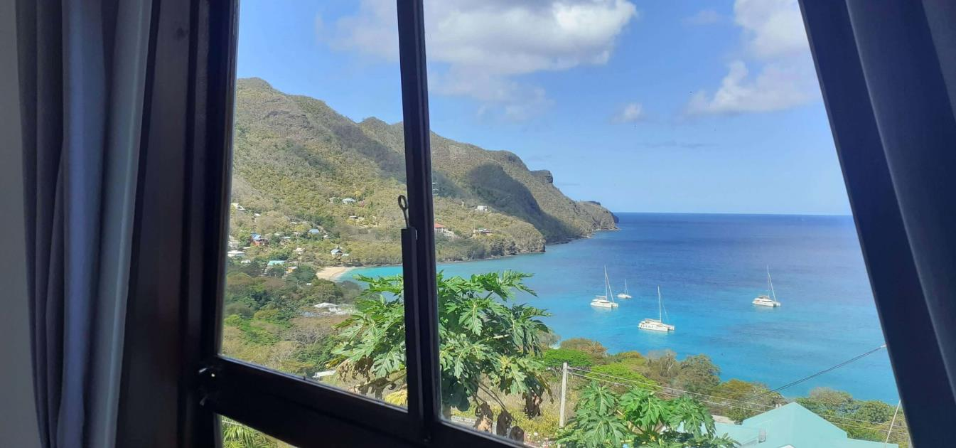 vacation-rentals/st-vincent-and-the-grenadines/bequia/lower-bay/the-lookout-ocean-deck