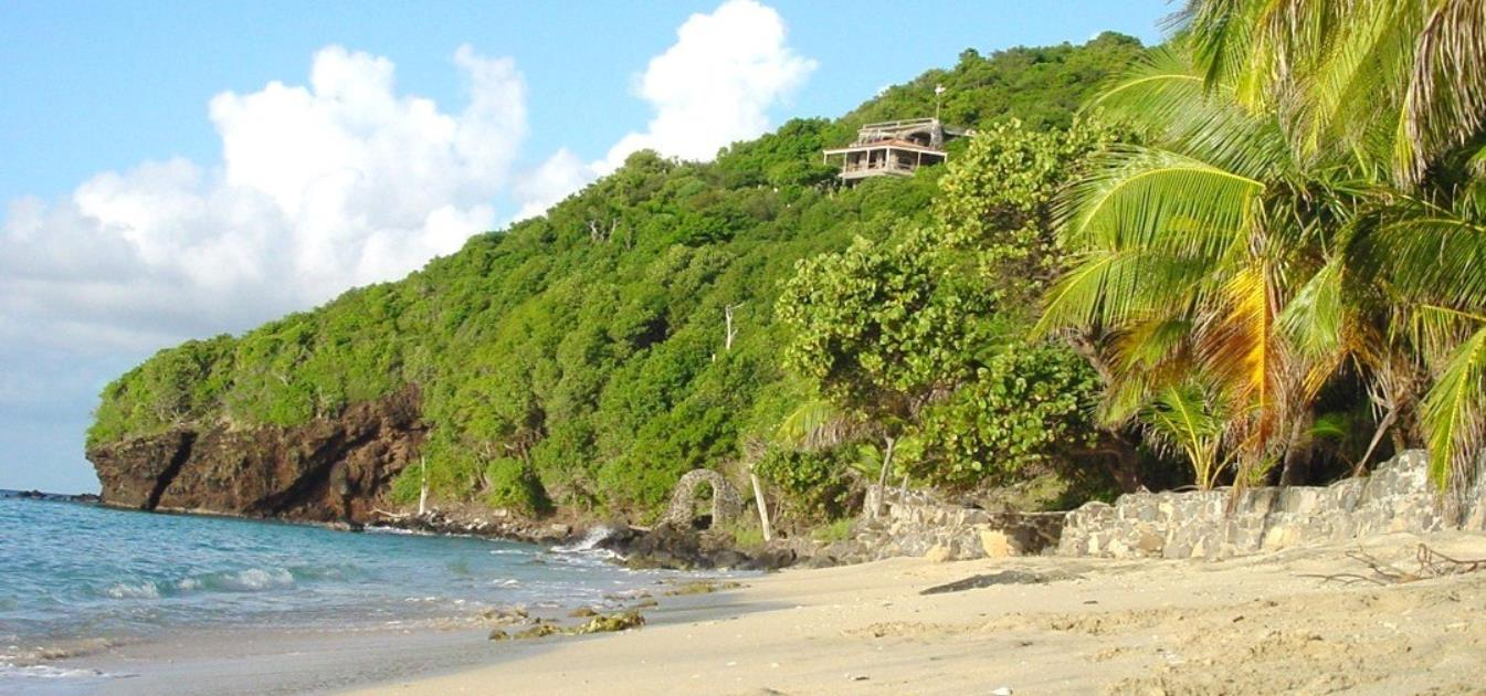 vacation-rentals/st-vincent-and-the-grenadines/bequia/moonhole/tranquility-villa-bequia