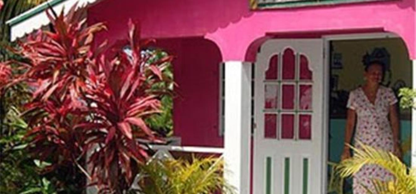 vacation-rentals/st-vincent-and-the-grenadines/st--vincent/india-and-villa-bay/beachcombers-hotel