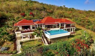 Beachfront Plantation House - IJEOMA
