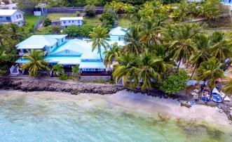 Bequia Beachfront Estate - 5 Bedroom Villa