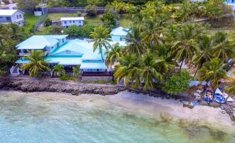 Bequia Beachfront Estate - 7 Bedroom