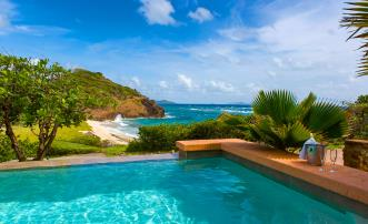 Southern Cross Villa Palm Island Resort