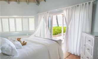 Memory House - Palm Island