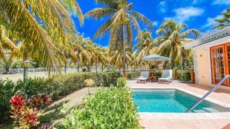 Bequia Beach Hotel - Private Villa with Pool