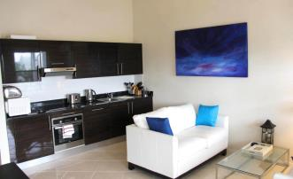 Lantana One Bed Apartment - 2