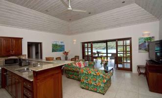 Look Yonder Villas - Leeward Cottage