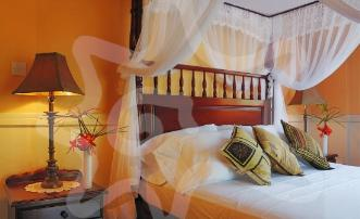 - Villas for Groups